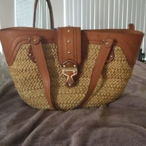 Straw and leather summer bag